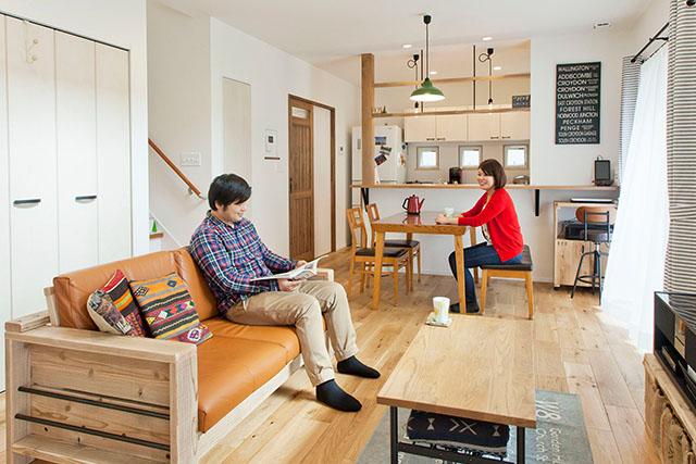 手作りに囲まれた、カフェで過ごすような家