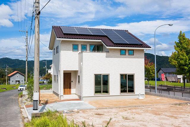 太陽光パネルは災害・節約対策に!知っておきたい基礎知識