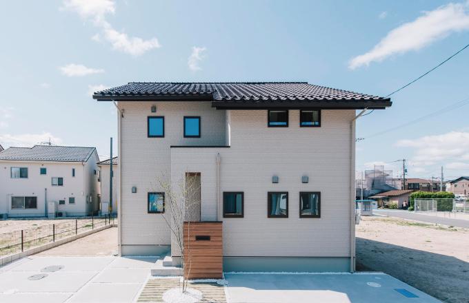 最新設備搭載のナチュラルデザイン モデルハウス in スマートタウン西条寺家